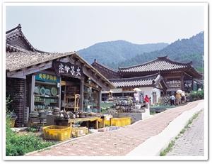 16170032004060186_Folk Arts Village.jpg
