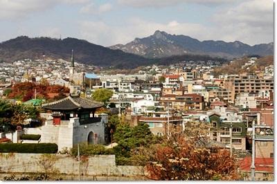 3-서울낙산성곽_혜화문과 마을 풍경-20140912.jpg